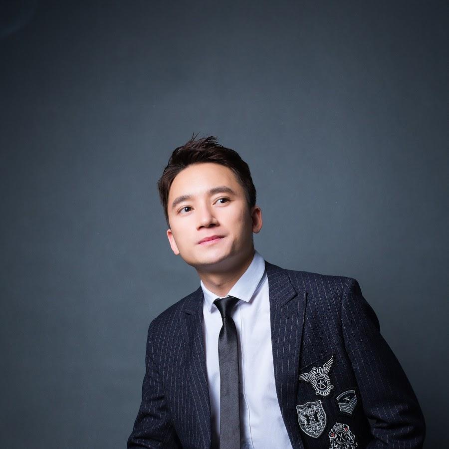 """Bị tố vô ơn, quỵt tiền, ca sĩ hiền nhất showbiz Phan Mạnh Quỳnh đáp trả: """"Anh ta bị thần kinh"""""""